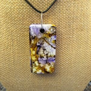 "**New** Handmade necklace 18"" UNIQUE! Purple/Gold"